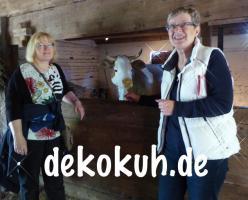 Foto 4 Eine Deko Kuh … und welches Modell … Holstein Deko Kuh oder … www.holsteinkuh.de … www.dekokuh.de …. www.liesel-von-der-alm.de …. www.dekomitpfiff.de