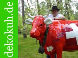 Eine Deko Kuh für Ihr Schafenster … ja warum nicht ...