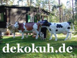 Foto 3 Eine Deko Kuh oder doch eine andere Deko Figur als Blickfang ….