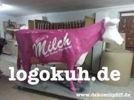 Eine Logo Deko Kuh als Blickfang für deine Eventveranstaltungen oder nöchtest Du eine Deko Kuh ohne Logo ...