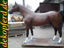Eine Offerte für Deko Pferd lebensgross möchten Sie gern erhalten und noch eine Offerte für Holstein - Friesian Deko Kuh ...