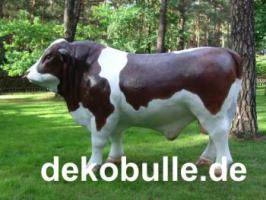 Einen Deko Bullen als Deko fürs Firmengelände als Deko … Deko Kühe haben wir auch im Programm ...