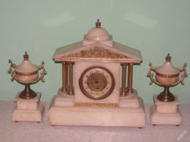 Einzigartig, dekoriert, figural Marmor - bronze Uhr - FRANCE 1900