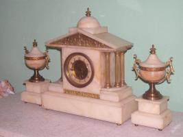Foto 2 Einzigartig, dekoriert, figural Marmor - bronze Uhr - FRANCE 1900