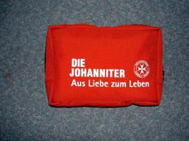 Erste Hilfe Tasche der JUH - bis 06/2014 verwendbar