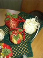 Foto 5 Exklusive Weihnachtsbaumkugeln + Spitze, jede Kugel handgearbeitet