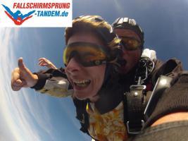 Foto 2 Fallschirmspringen Tandemsprung Fallschirmsprung Tandemspringen