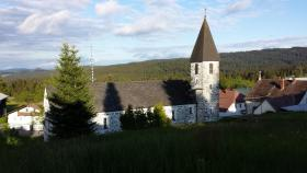 Traumhafter Blick auf die Kirche Philippsreut