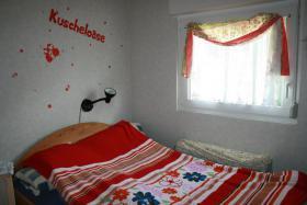 ferien wochenendhaus am ohlenstedter quellsee in osterholz. Black Bedroom Furniture Sets. Home Design Ideas