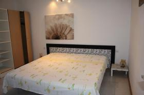 Foto 4 Ferienhaus mit 3 Ferienwohnungen in Valbandon bei Pula bis zu 12 Personen