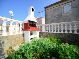 Ferienhaus bis zu 8 Personen in Lukoran auf der Insel Ugljan in Dalmatien, Region Zadar, 4 Schlafzimmer