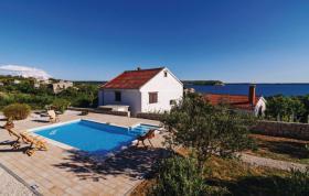 Ferienhaus zur Alleinnutzung mit Pool für 8,9 Personen in Rtina Stosici bei Zadar in Dalmatien