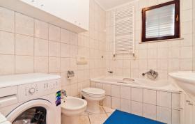 Foto 9 Ferienhaus zur Alleinnutzung mit Pool für 8,9 Personen in Rtina Stosici bei Zadar in Dalmatien