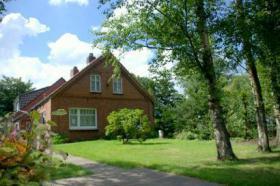 Ferienhaus Omas Huuske in Leezdorf, Ostfriesland Nordsee