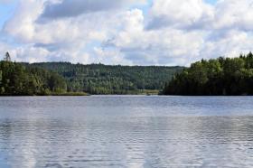 Ferienunterkunft in Südschweden am See zu vermieten mit Boot, 6 Personen, nahe Göteborg