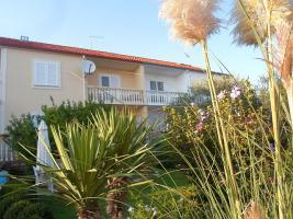 Ferienwohnung bis 10 Personen in Posedarje bei Zadar 100 m vom Strand