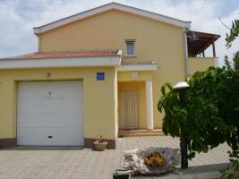 Ferienwohnung bis 5 Personen in Razanac zu vermieten in Kroatien Dalmatien, 4+1