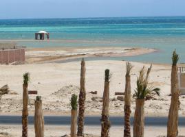 Foto 5 Ferienwohnung NUR €100.-/Woche ÄGYPTEN Hurghada Resort am Meer mit Pool/Restaurant/Bar/Reinigung etc