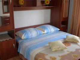 Foto 2 Ferienwohnungen bis 6 und 8 Personen in Rtina Miocici 200 m vom Strand