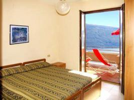 Foto 8 Ferienwohnungen ITALIEN Gardasee Seeblick Woche ab € 308