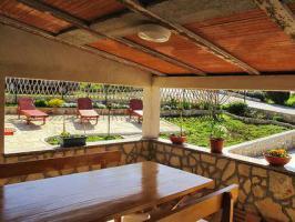 Foto 3 Ferienwohnungen mit Pool KROATIEN Nedescina Woche ab € 218