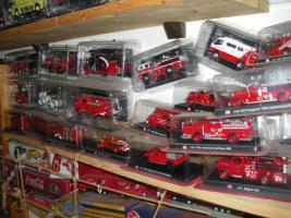 Foto 3 Feuerwehrautos aus aller Welt