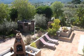 Foto 8 Finca 4600 m² Grundstück mit 2 Häuser und 2 Apartments & Schwimmbad in Malaga / Spanien