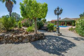 Foto 11 Finca 4600 m² Grundstück mit 2 Häuser und 2 Apartments & Schwimmbad in Malaga / Spanien