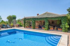 Foto 15 Finca 4600 m² Grundstück mit 2 Häuser und 2 Apartments & Schwimmbad in Malaga / Spanien