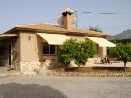 Foto 37 Finca 4600 m² Grundstück mit 2 Häuser und 2 Apartments & Schwimmbad in Malaga / Spanien