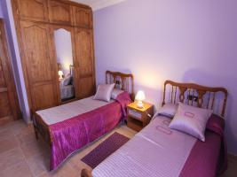Schlafzimmer mit 2 Einzelbetten - Finca Vivaldi