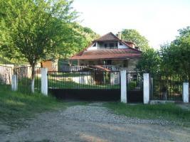 Firmen geeignetes Wohnhaus 250 qm Grundfläche, in Siebenbürgen (Rumänien) zu verkaufen