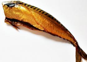 Fisch-Räucherfisch -Makrele ohne Kopf 1.5 Kg nur 15€