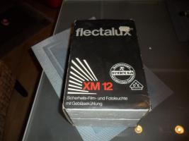 Flectalux XM 12  Foto- und Filmleuchte