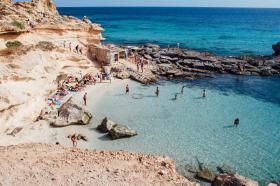 Flugreise nach Ibiza  4  Tage  513, -€ p.P.