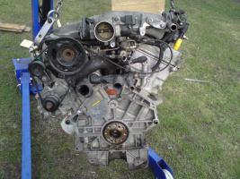 Foto 2 Ford Mondeo V6 Motor