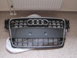 Frontgrill für den aktuellen Audi A4