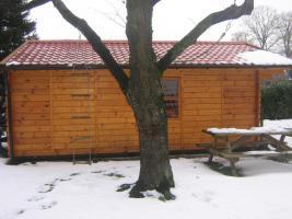 Foto 2 Gartenhütte Partyhütte