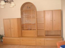 Gebrauchte wohnwand eiche hell 3 m in taunusstein von for Gebrauchte anbauwand