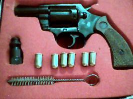 Foto 2 Gebrauchter 9mm Gas/Schreckschuss-Revolver