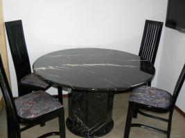Gebrauchter marmortisch mit 6 st hlen schwarz in for Marmortisch esstisch