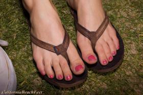Foto 2 Geld als weibliches Fußmodel in Trier verdienen