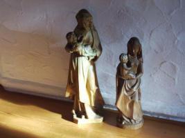 Geschnitzte Madonnen mit Jesuskind ca 45 cm und ca 35 cm hoch