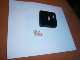 Foto 2 Gold 585 er Rosegold / Rotgold mit Weißgold Creolen Klappscharniere NEU