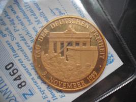 Gold Münze '' Einigkeit und Recht und Freiheit ''