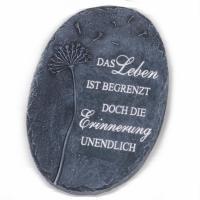 Grabplatte mit Trauerspruch. Das Leben ist begrenzt doch die Erinnerung unendlich