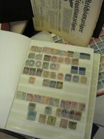 Foto 2 Grosse Kiste Briefmarken, Feldpost, Flugpost, &Dokumente, Militaria