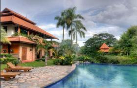 Grundstück mit Villa  direkt vom Besitzer