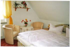Günstige Übernachtungsmöglichkeit für Urlauber, Monteure, Dienstreisende!
