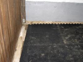 Foto 4 Gummimatten für alle Böden im Pferdebereich auch wasserdurchlässig